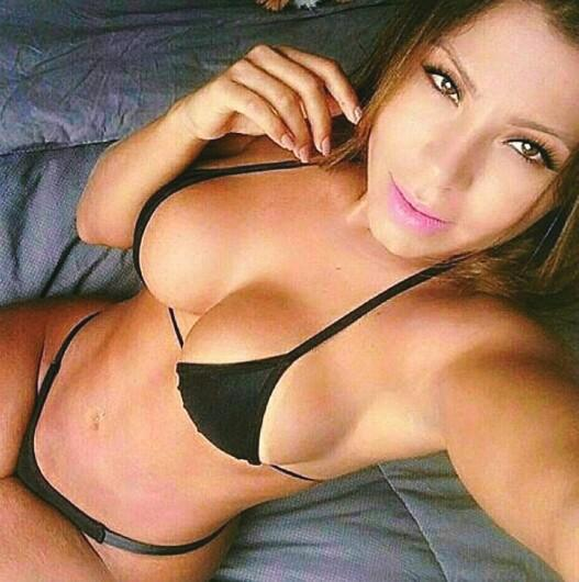 View all videos tagged sexo con ponys