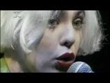 Adriana Calcanhotto canta