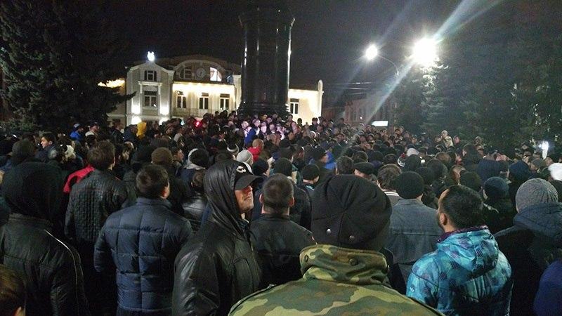 митинг памятник ленина
