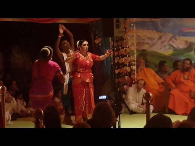 Devotees of Paramahamsa Sri Swami Vishwananda perform for their beloved on Guru Purnima 2016