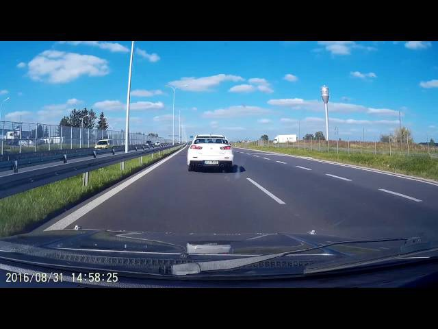Mitsubishi Lancer Evo 10 vs Fiat Uno 2.0 Turbo 8v