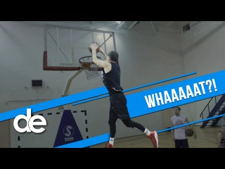 Dunk Elite: He hit his head on the RIM! Is Miller the highest jumper in the world?