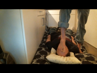 Trampling,Foot on Face Domination Bare-feet,Size 13 - 176 lbs.
