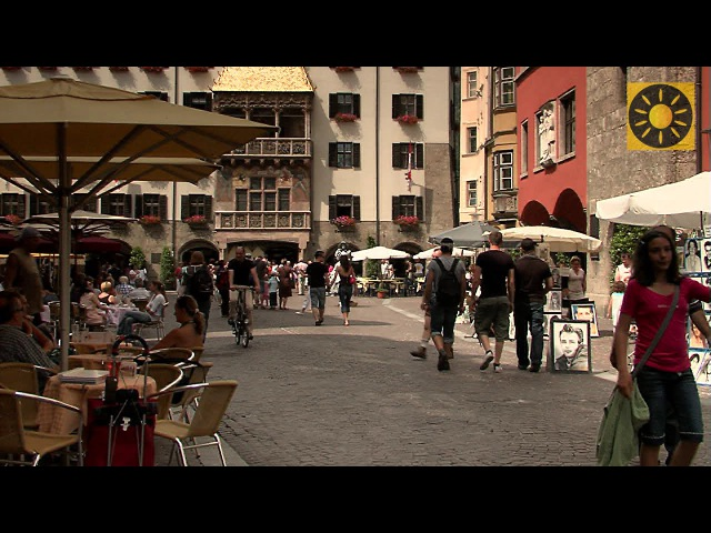 INNSBRUCK - Teil 1 Historisches Zentrum Goldenes Dacherl TIROL - AUSTRIA - TYROL
