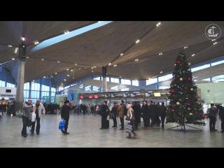 Предрождественнский перфоманс в Пулково _ Christmas eve perfomance in Pulkovo Ai