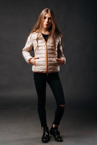 4ad841e82bc SOLO верхняя женская одежда от производителя