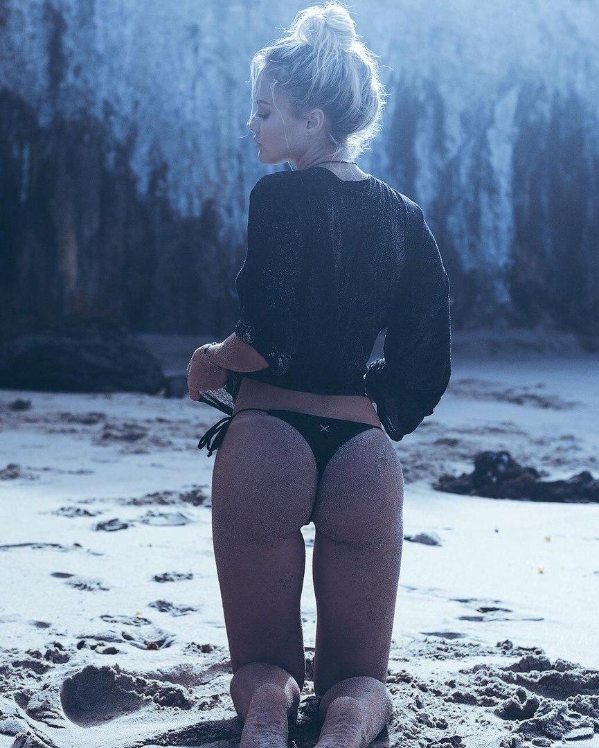 Asley massaro naked