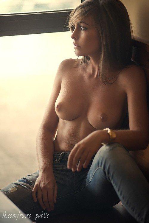 Boob sexy thumb