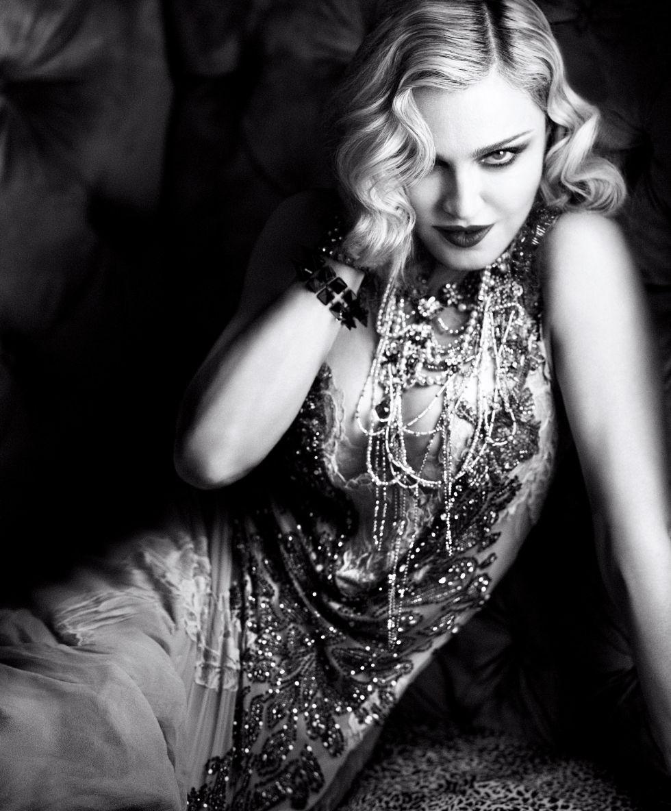 Для обложки Harper's Bazaar Madonna помолодела на 20 лет