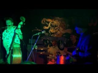 Hipbone Slim And The Knee Tremblers au Mondo Bizarro (Rennes) Beast records
