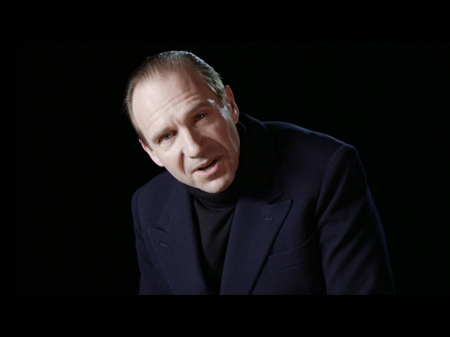 Ralph Fiennes plays Richard III I can add colours to the chameleon