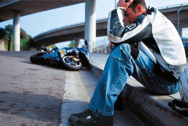 Пинский район: молодые парни на мотоцикле попали в ДТП, пассажир в тяжелом состоянии