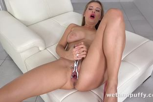 WetAndPuffy – Candy Alexa