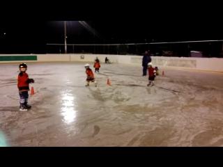Тренировка детей 2010-2012г.р.на Хоккейном корте