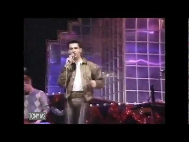 Depeche Mode - Just Can't Get Enough (TOTP XMAS DAY, 25-12-1981)