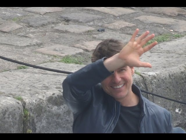TOM CRUISE, SUPER SMILING, WAVING TO FANS WHILE FILMING MISSION IMPOSSIBLE ON A SPEEDBOAT 2017.05.15
