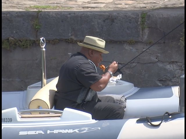 MISSION IMPOSSIBLE 6: ACTOR VING RHAMES HAVING A LUNCH ON A SPEEDBOAT, ON THE MOVIE SET 2017.05.15