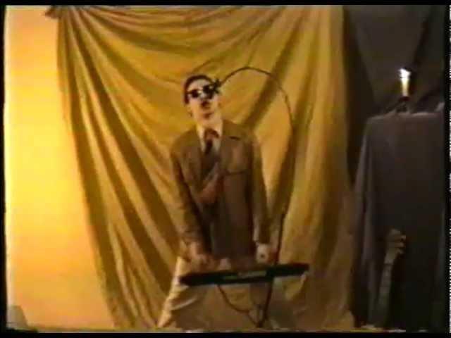 Új Látásmód Fúzió bemutatja: Gáspár Kornél - Máskor gondold meg! ('92) (Videoclip)