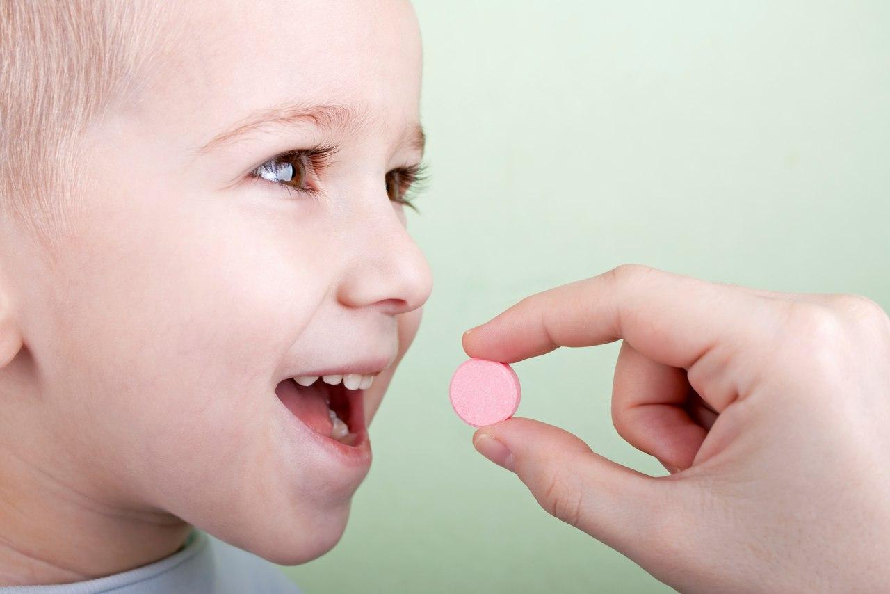 Нужны ли детям витамины