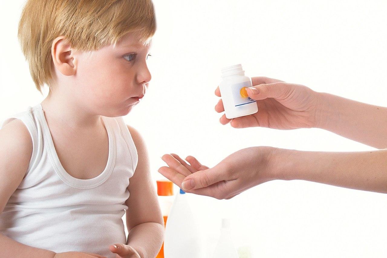 нужно ли пить витамины детям