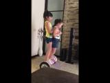 Дети катаются вдвоём на гироскутере. Гироскутер. Дети. Хорошее развлечение