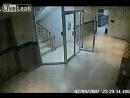Призрак заснят камерой видеонаблюдения в оффисе