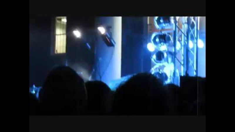 Josh Dun singing during Ruby