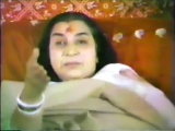 Shri Mataji Treatments Sahasrara Hamsa Nabhi Children Hair Eyes Massage (New York 1983) Sahaja