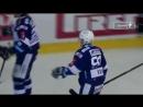 Шайба Марека Квапила в игре с Литвиновым