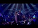 Австралиец показывает свою задницу в  финале Евровидения 2017!