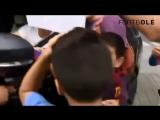Дети встречают легенд футбола со слезами счастья [720p]