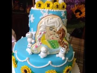 Олоф ест торт...