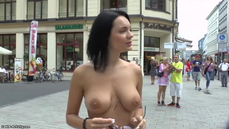Diana Nude in Public 1
