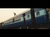 Миллионер из трущоб - На крыше поезда