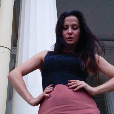 Полина Комаровская
