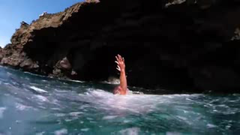 THE MOST AMAZING CLIFF DIVING VIDEO EVER - mariotobres