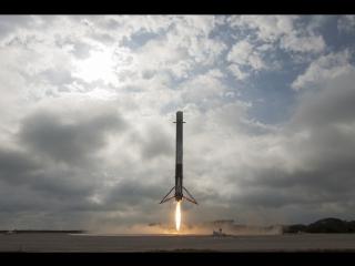 SpaceX вновь успешно посадила первую ступень ракеты Falcon 9