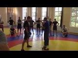 Лихтер Александр Львович участвует в тренировочном процессе бойцов ММА. (часть 1)