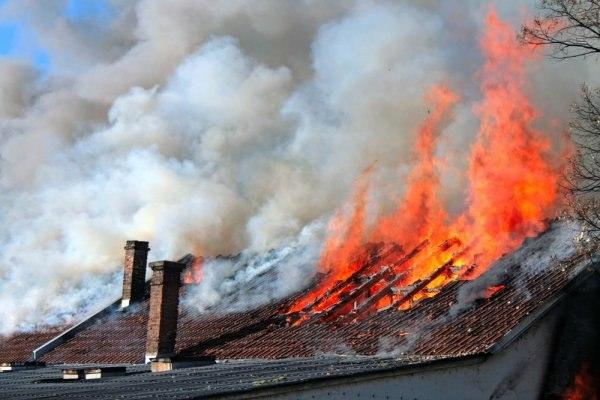 Под Таганрогом горел частный жилой дом