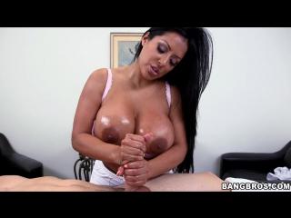 Kiara Mia - Massage with a happy ending (2014) [Latina, MILF, Big Tits, Fat Ass, Handjob, Cum, Porno, Сиськи, Сперма, Дрочка]