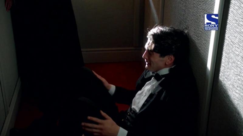 Gran Hotel / Гранд Отель - Хулио узнает о приговоре Андресу (Отрывок)
