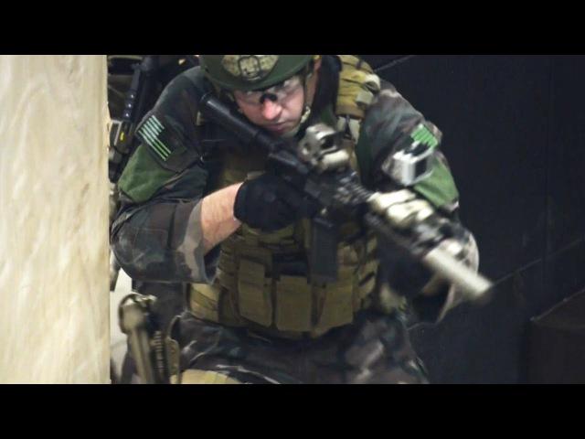 米海軍・特殊水陸両用偵察衛生兵(特殊部隊の衛生兵) - US Navy Special Amphibious Recon Corpsman (SARC)
