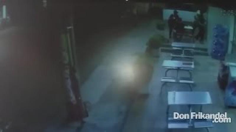El video de la balacera en la panaderia, Rocapan de la 38, El Recreo, Barranquilla, Colombia