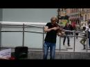 Уличный музыкант в Питере, 9.08. 2016. Питер город талантов:)