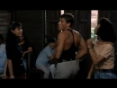 Вандам танцует Знаменитый танец Жан Клод Ван Дамма из фильма Кикбоксёр