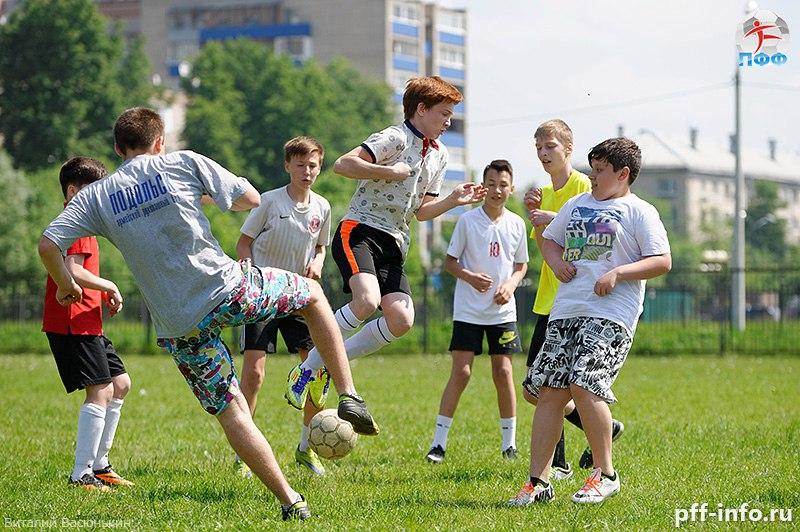На стадионе «Весна» состоялся Кубок Климовска до 16 лет