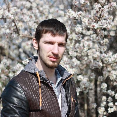 Олег Антонов