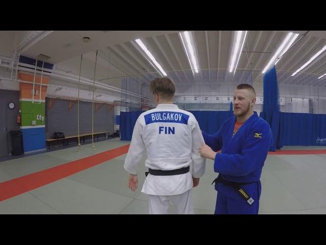 дзюдо. бросок с рукавами. judo throw. Sode-tsuri-komi-goshi.
