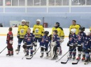 В Великом Устюге олимпийские чемпионы вручили медали юным хоккеистам