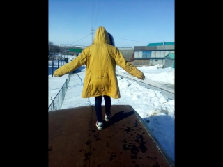 прыгаем с крыши из-за кита